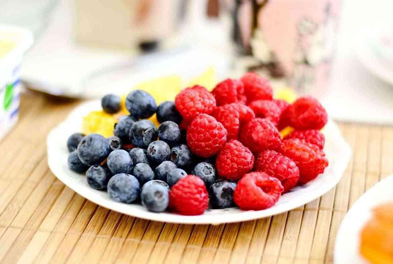 vegetarian-fruit-plate