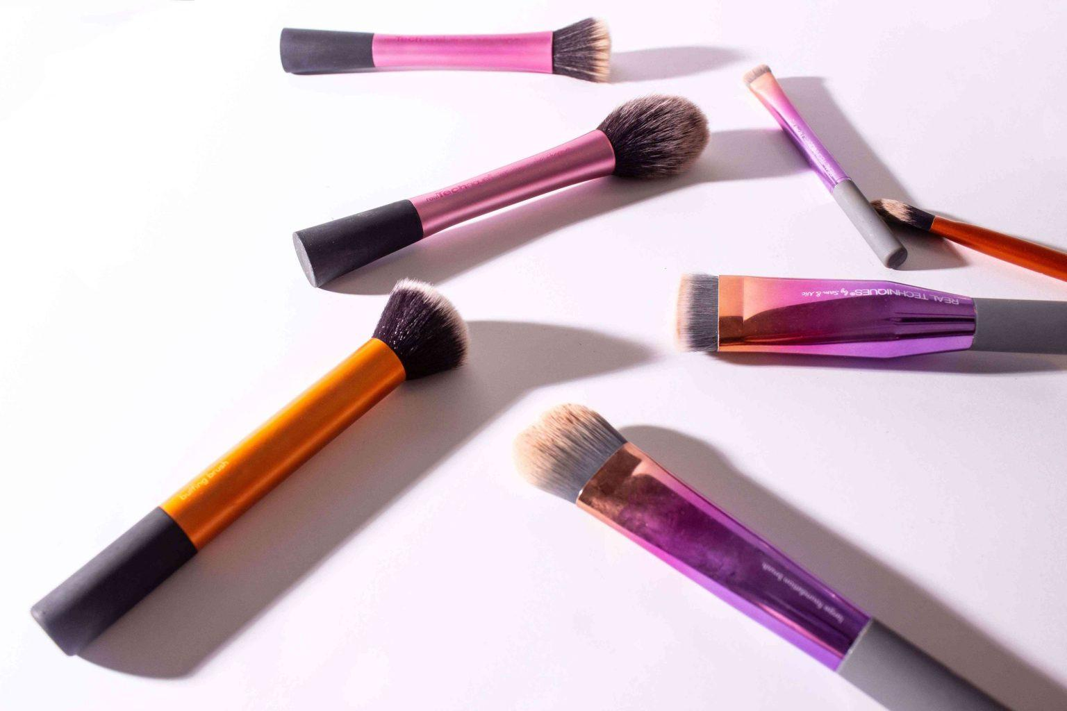 makeup-brushes-for-moms