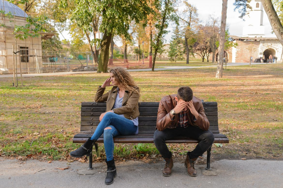couples-going-to-therapy