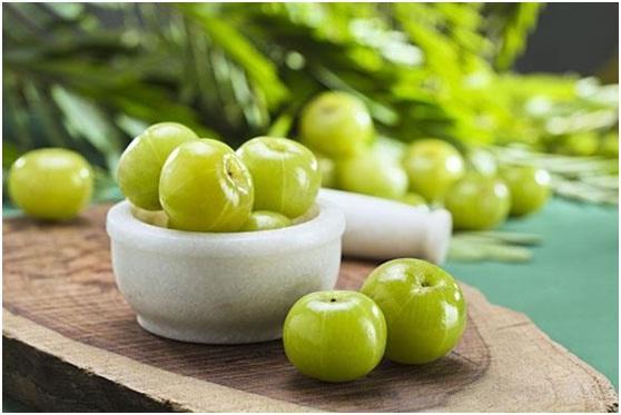 indian gooseberry Natural Treatments for Heavy Menstrual Bleeding