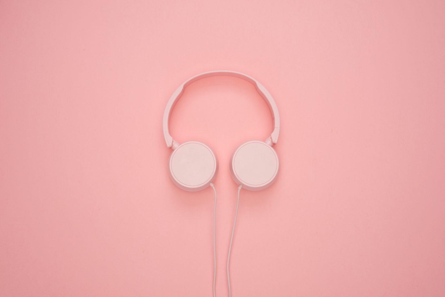 headphones-for-working-moms
