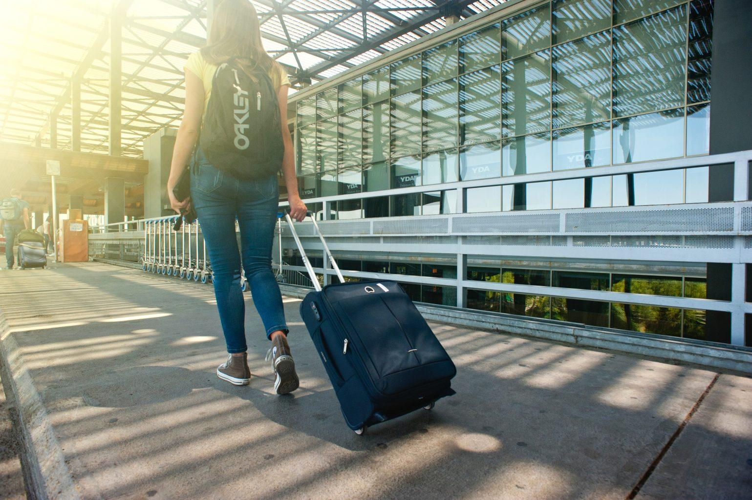 travel-with-baggage