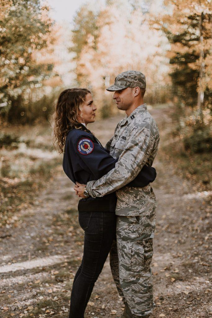 army-couple-love