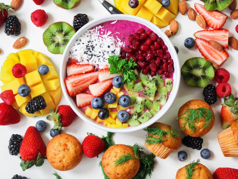 berries-blueberries-healthy-food-mix