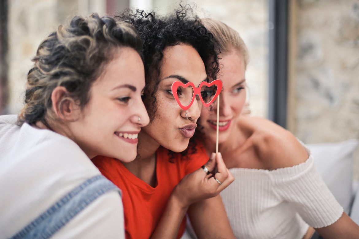 How To Plan a Girls' Night with the Ladies