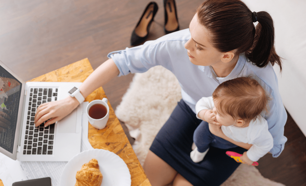 8 Tips to Manage Your Business During Maternity Leave