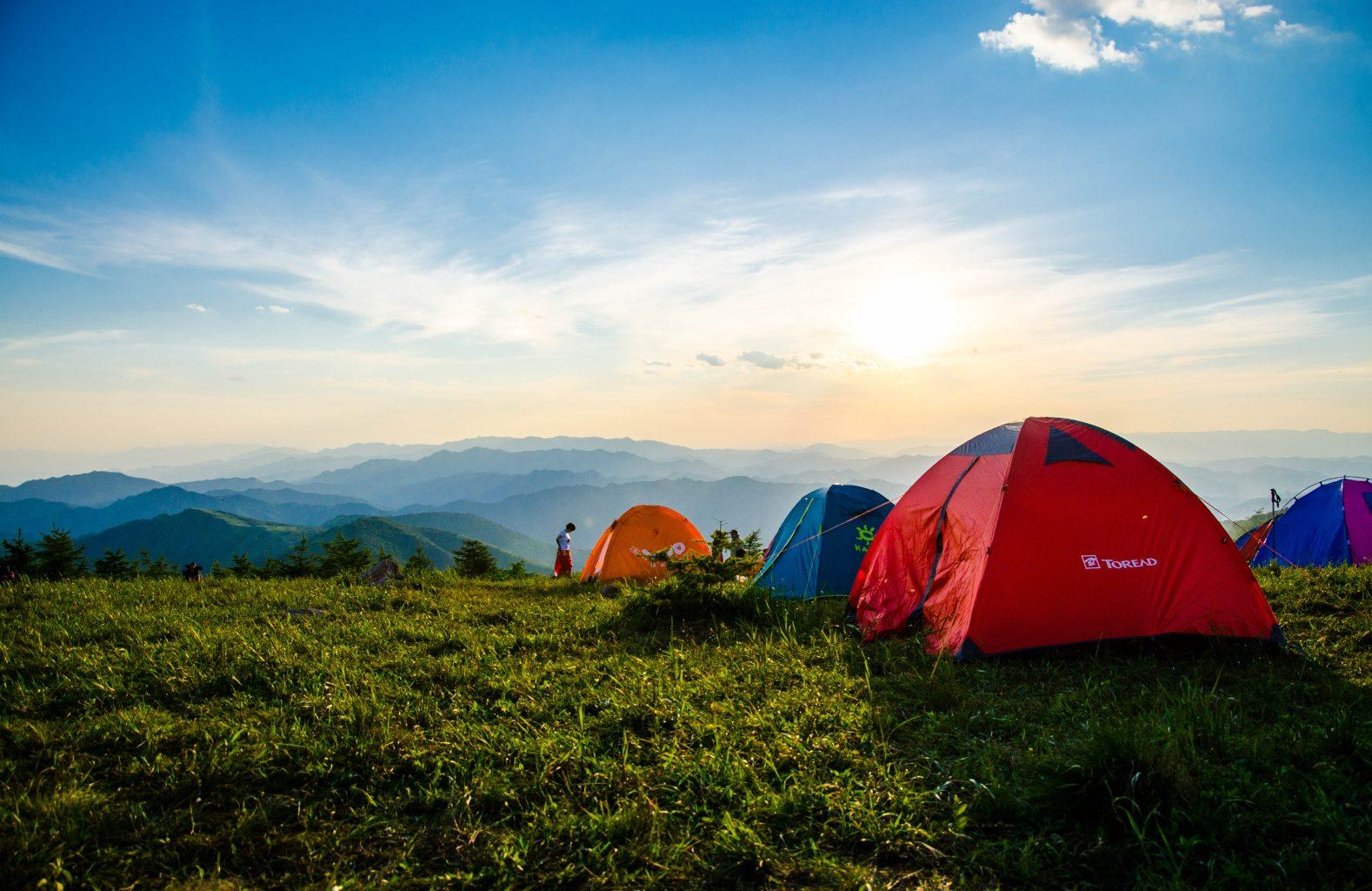 adventures-camping-during-summer