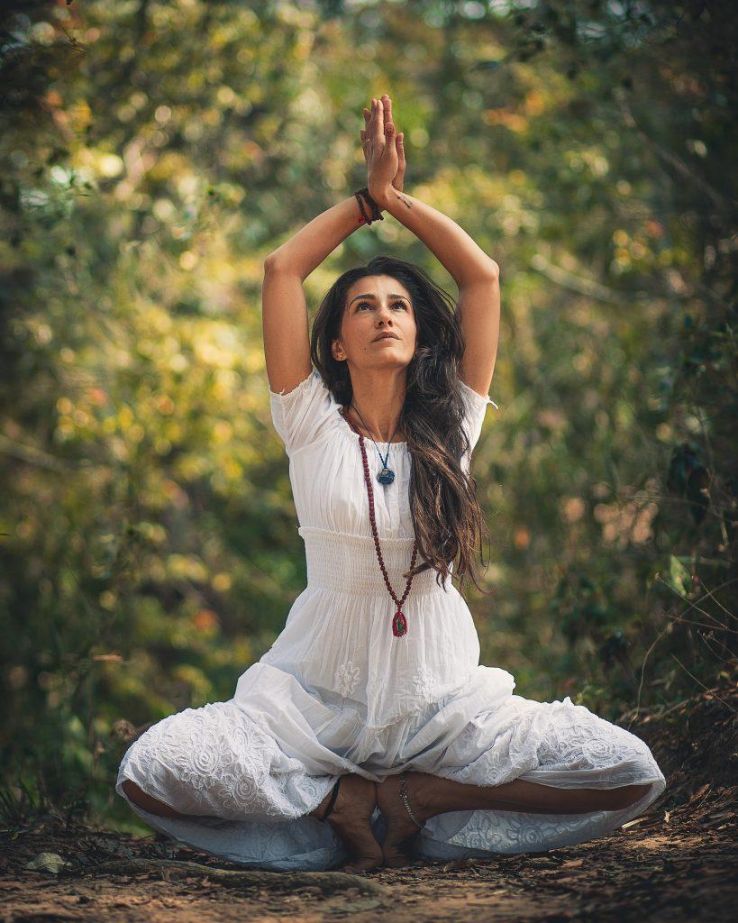 yoga-poses-for-pregnant-women