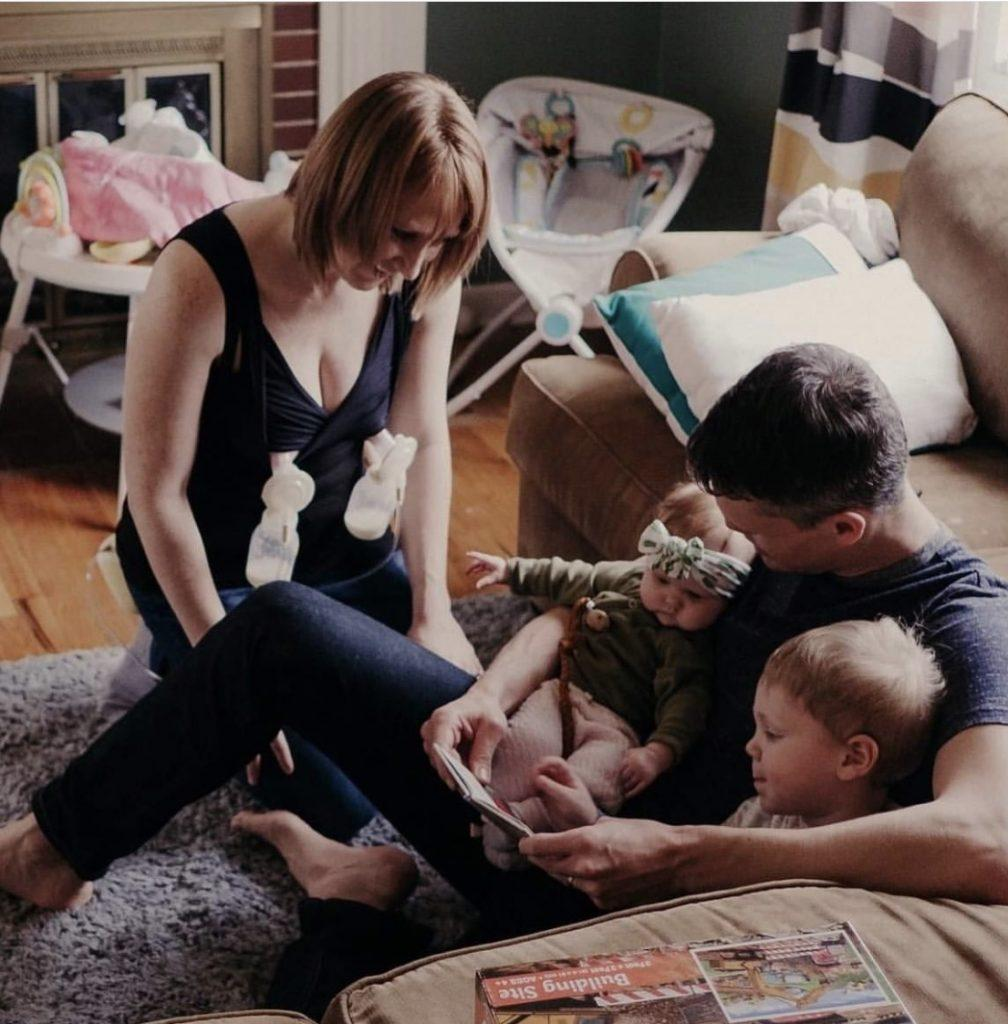 breastfeeding-mom-larken-bra