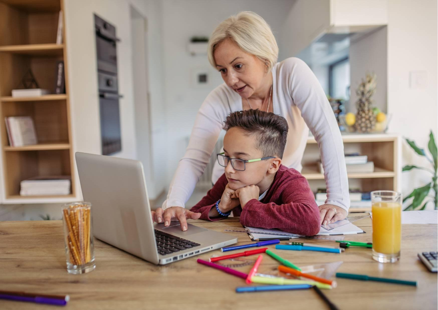 4 Things To Consider When Helping Kids With Homework
