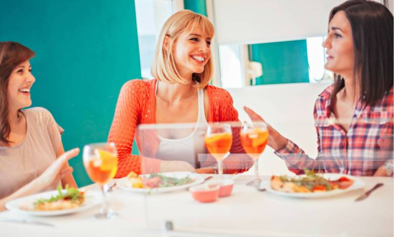 6 Reasons Why Socializing Is Good For You